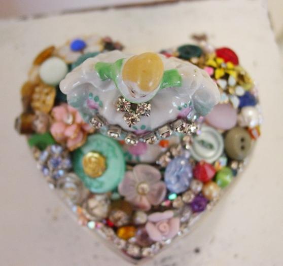 Jewelled Heart 2940121_4156732058_18931c16a4_o