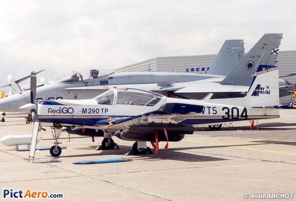 Adquisición de 6 aeronaves de adiestramiento 20805