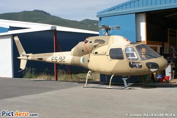 صور مروحيات القوات الجوية الجزائرية Ecureuil/Fennec ] AS-355N2 / AS-555N ] 32056