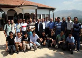 Kozan Türkmen o'grencileri agirliyor 254021199123cfa7de1f10f2a8dd17a545ac30f