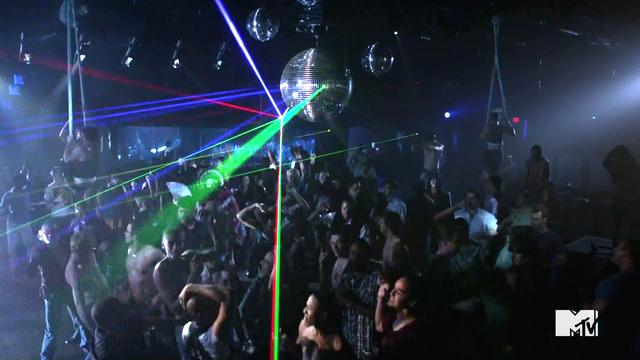 Jungle Tanečný Club 640px-Frenemy_14_boom_tsik_boom_BOOM_tsik_boom