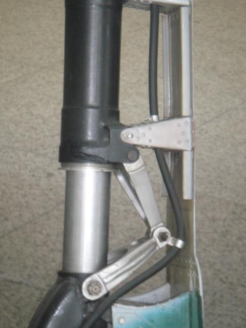 MITSUBISCHI A6M5 modèle 52 Dsc05382-4548d75