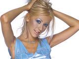 [Christina] Coleccion de Wallpapers de Skins.Be HQ Th_14861_gSLMcmf2ofBVAxxN8CYIg_122_339lo