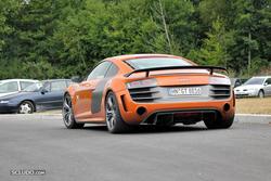 [PHOTOS] 24 Heures du Mans 2011 Th_916040843_Bonus8_Audi_R8_GT_122_484lo