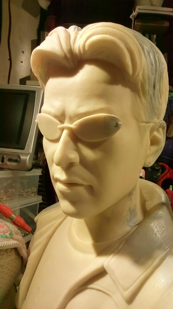 Buste de matrix : Néo,Trinity,Morpheus au 1/3  Img_20160404_182446-4ef98d2