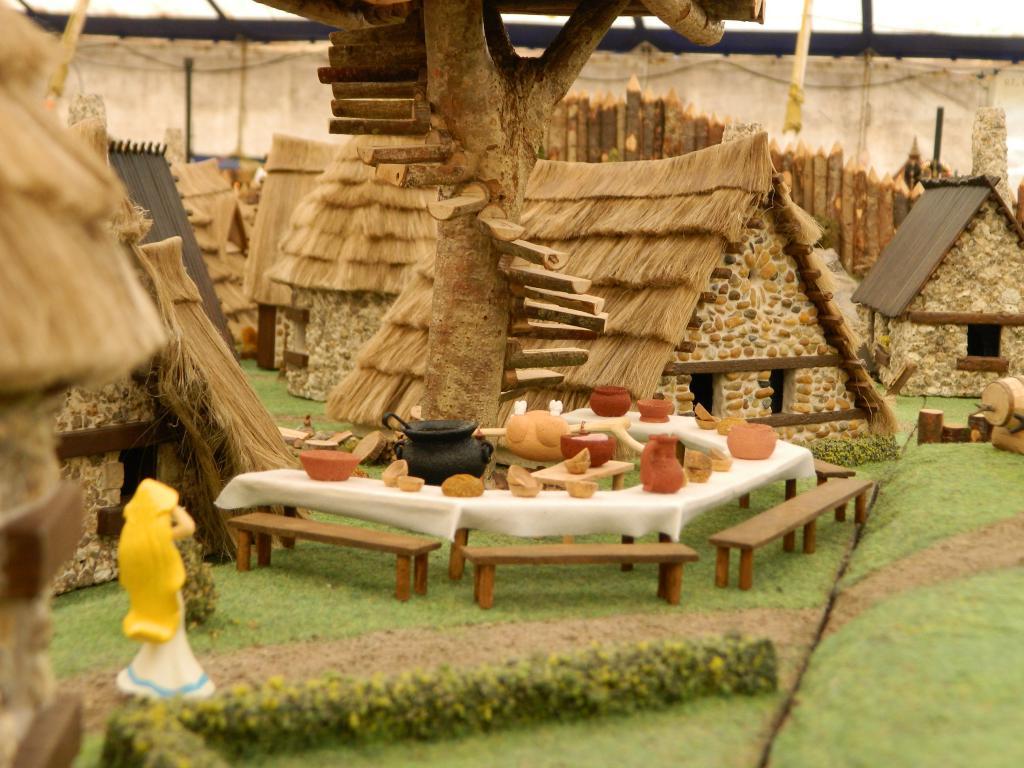 Le Village d'Astérix le Gaulois en maquette au 1/40 - Page 17 Dscn12134-4bbeaae