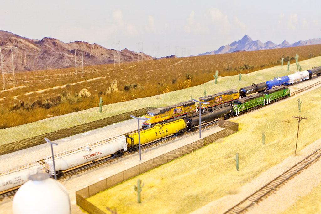 Présence de mon réseau à l'expo de Valdahon (25) les 24 & 25 octobre 2015 Train-z2-photo-017-4d3a69c