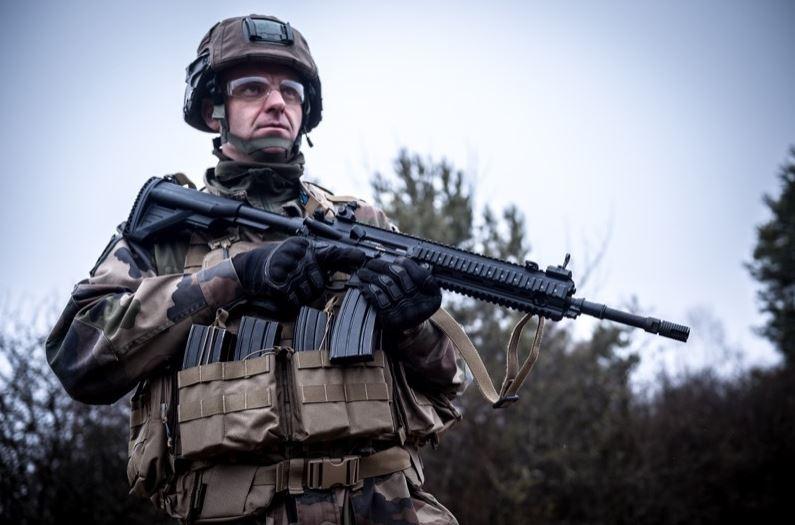 L'adieu de l'armée française au fusil d'assaut Famas Capture-51d1772