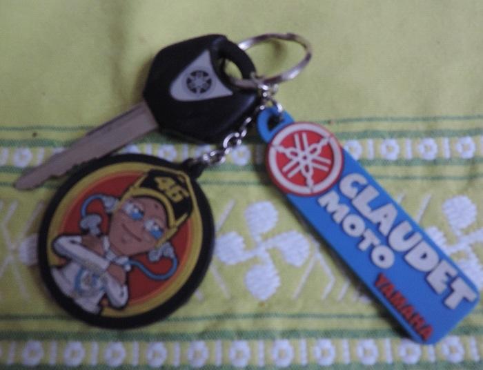 quel est le compagnon de votre clef de moto ?  Dscn2091-555c908