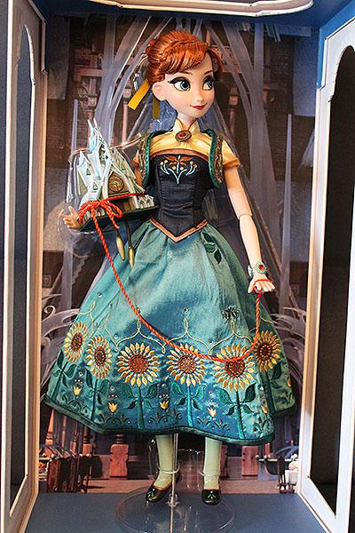 Disney Store Poupées Limited Edition 17'' (depuis 2009) - Page 39 Img_9779-4d5b559