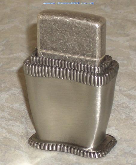 Datation - [Datation] Les Zippo Table Lighter 1998-lady-barbara-v1-526909e