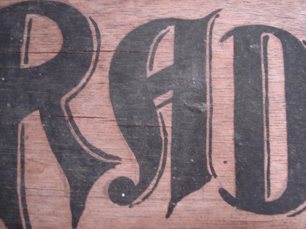 panneau en bois du RAD 004-55c8e6a