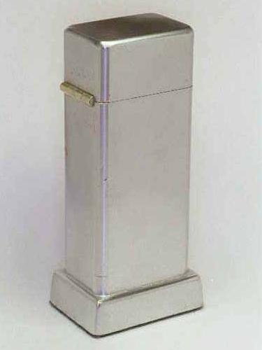 Datation - [Datation] Les Zippo Table Lighter 1939-1940-1er-barcroft-v1-52687fd