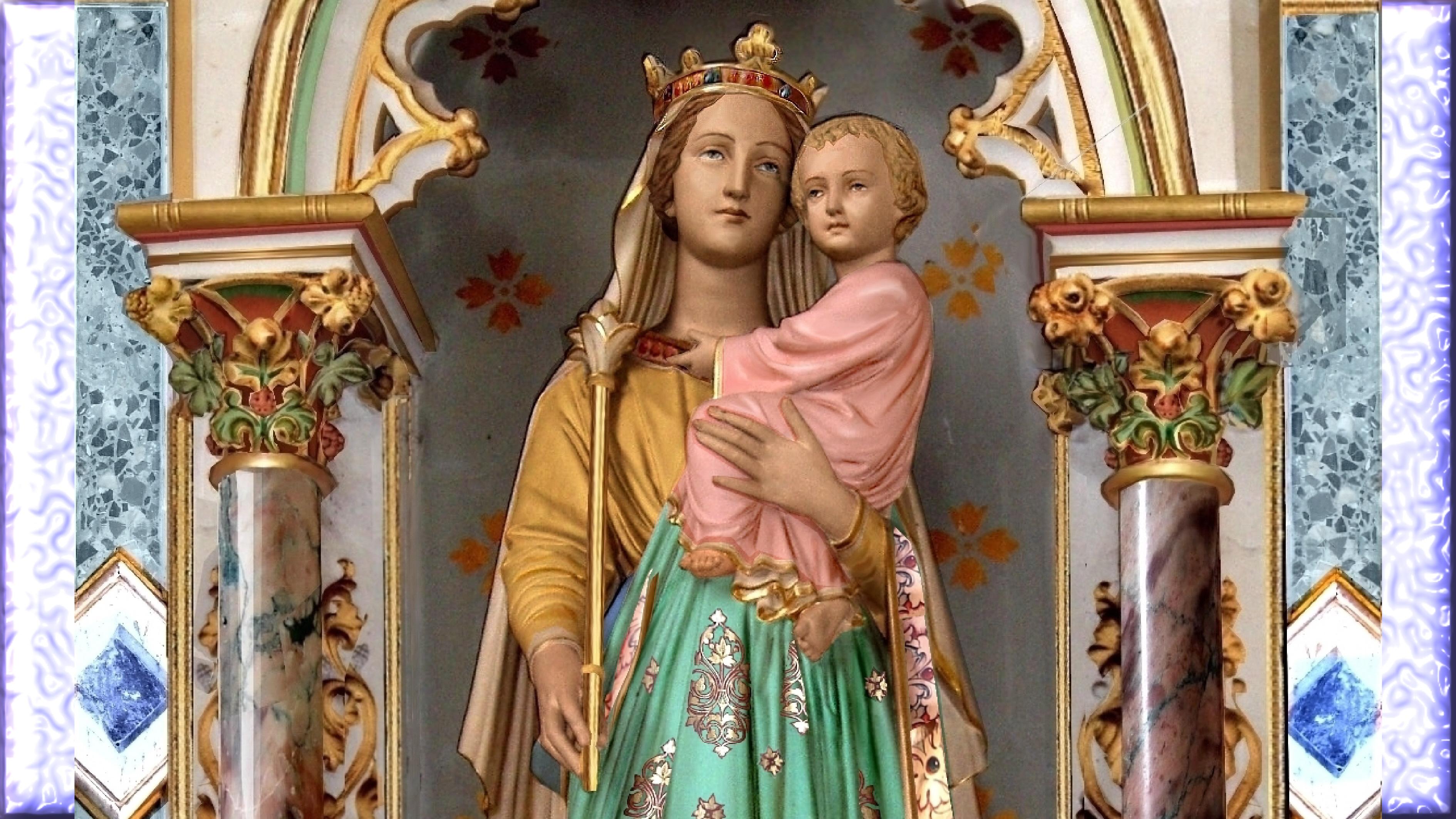 NEUVAINE à la TRÈS SAINTE VIERGE MARIE (Saint Alphonse de Liguori) Sainte-marie-reine-555d3a4