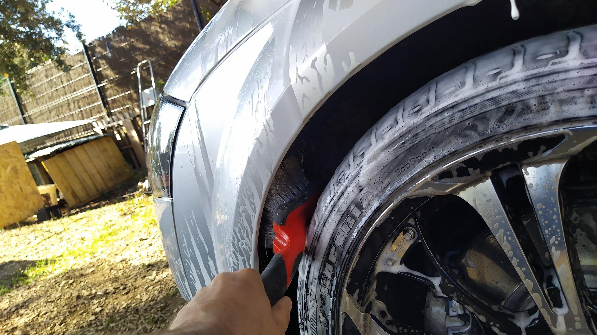 Présentation et premier vrai nettoyage du Roadster de Madame Img_20201004_105231-57c25b6