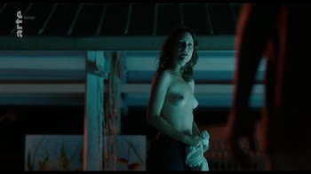 Naked Celebrities  - Scenes from Cinema - Mix - Page 3 D9kjfo18f66u