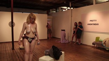 Celebrity Content - Naked On Stage - Page 5 Abc22dy86e7e