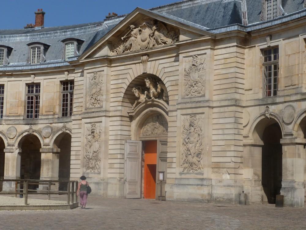 La Galerie des Carrosses de Versailles, grande écurie du roi P1060324-572914e