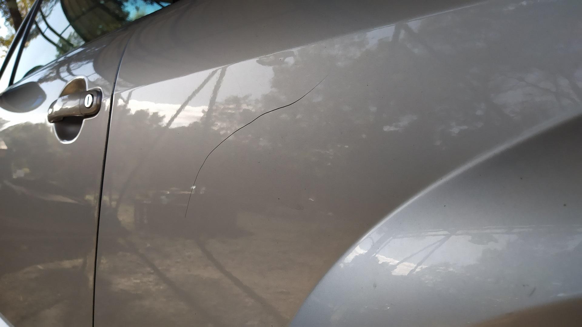 Présentation et premier vrai nettoyage du Roadster de Madame Img_20201004_103247-57c25a1