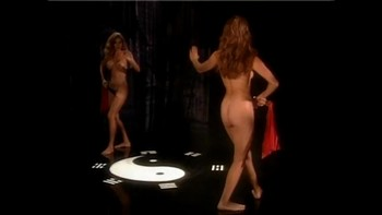 Celebrity Content - Naked On Stage - Page 3 Beu91xklsrj6