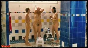 Michelle Williams, Sarah Silverman in Take This Waltz (2011) C8nzeisy64r4