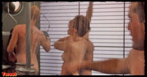 Dina Meyer  in Starship Troopers (1997) Hsedo4i9n4lb
