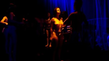 Celebrity Content - Naked On Stage - Page 5 G96i4kc3osar