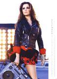 Calendarios de Girls Aloud/Cheryl/Sarah Th_11540_Cheryl_Cole_-_Official_2010_Calendar_-_12_-_December_-_Large_-snoop-_122_1106lo