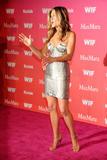 Jennifer Aniston - Minigonnissima & Cleavage/One -Women In Film Crystal And Lucy Awards- 12 giu 09 Th_78833_Jennifer_937_122_1187lo