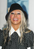 [Fotos] Christina - MTV Europe Music Awards 2002. Th_36863_mtv_emas_press_room_1099218812_123_705lo