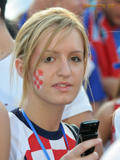 Supportrices... - Page 40 Th_00062_w_081103_EURO2008_hrvatska_10_122_1057lo