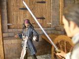 Diorama POTC : Combat Sparrow/Turner dans l'armurerie Th_35006_5_123_246lo