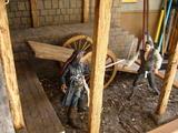Diorama POTC : Combat Sparrow/Turner dans l'armurerie Th_13951_6_123_597lo