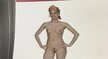 Naked Celebrities  - Scenes from Cinema - Mix Urkg7w1n759s