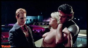 Linda Blair , Rebecca Perle ,Suzee Slater , otherin  Savage Streets  (... 1xf7v4jikdbj