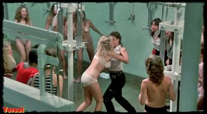 Linda Blair , Rebecca Perle ,Suzee Slater , otherin  Savage Streets  (... Aol2reed5xw1