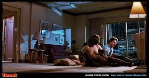 Sharon Stone & Jeanne Tripplehorn in  Instinct (1992) Fb9tu3z3cuva
