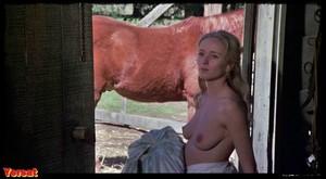 Pam Grier, Brenda Sykes, Fiona Lewis in Drum (1976) Rbs4fdyowfji