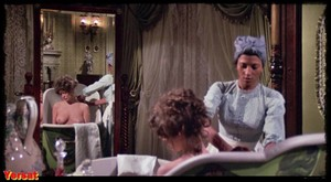 Pam Grier, Brenda Sykes, Fiona Lewis in Drum (1976) Wmbithzd1lho