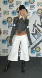 [Fotos] Christina - MTV Europe Music Awards 2002. Th_36877_mtv_emas_press_room_1099219073_123_845lo
