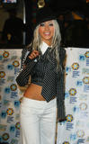 [Fotos] Christina - MTV Europe Music Awards 2002. Th_36409_mtv_emas_arrival_1099219106_123_1036lo