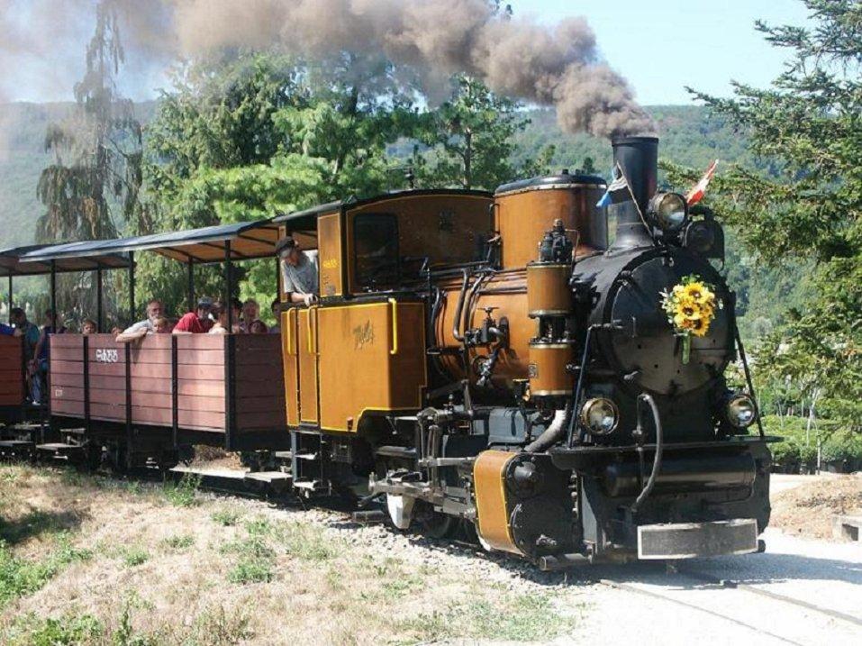 Lokomotive-Vozovi 09pi55dd85o