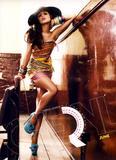 Calendarios de Girls Aloud/Cheryl/Sarah Th_00989_Cheryl___Official_2013_Calendar___06___June___Large__snoop__122_74lo