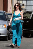 Anne Hathaway - Cleavy, The Griddle Cafe in Hollywood, Los Angeles, 02ott09 Th_34649_Anne_Hathaway_05_122_360lo
