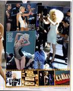 [Revista Us Weekly] 12 Vestuario diferentes en el video Th_79887_us2q_123_414lo