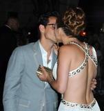 Jennifer Lopez-Cleavage- Festa Di Compleanno - NY 25lug09 Th_37690_JLOMM12_123_743lo