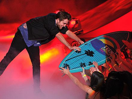 Teen Choice Awards 2012 Robert-pattinson-440