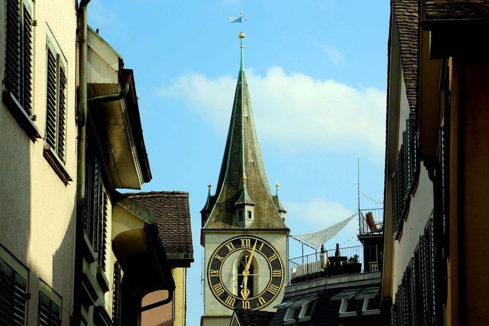 Švajcarska - Page 2 Switzerland--Zurich--St.-Peters-Church-Clock_54_990x660