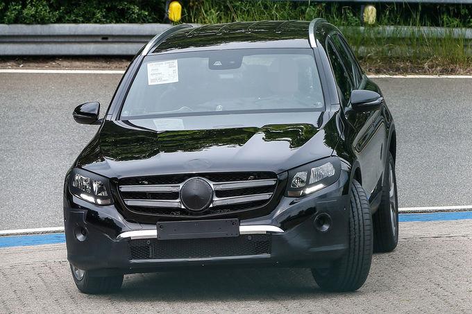 2015 - [Mercedes] GLC (GLK II) [X205] - Page 12 Erlkoenig-Mercedes-GLC-fotoshowImage-1b3bc027-866537