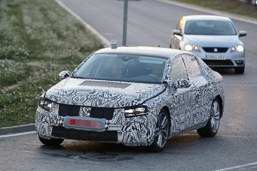 2015 - [Volkswagen] Passat VIII [B8] - Page 7 Erlkoenig-VW-Passat-fotoshowBigImage-58c67aac-766916